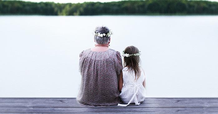 бабки и внучки сасут